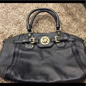 Authentic Micheal Kors black Hudson large satchel
